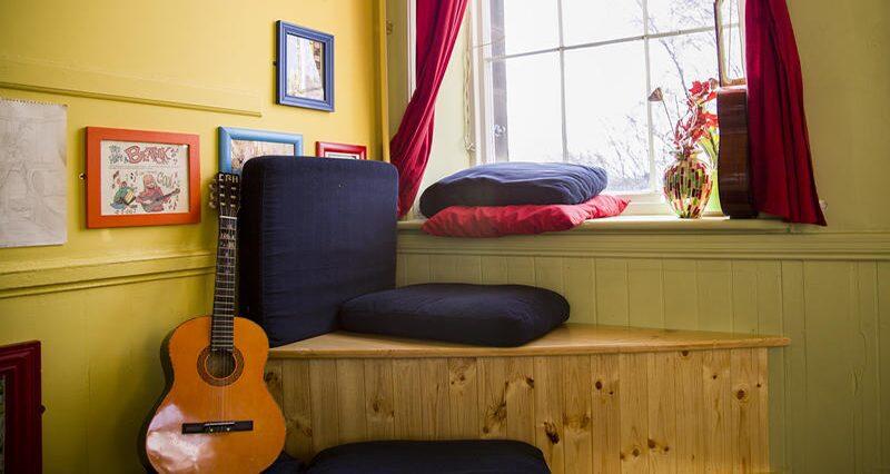 Castle Rock Hostel Groovy Lounge