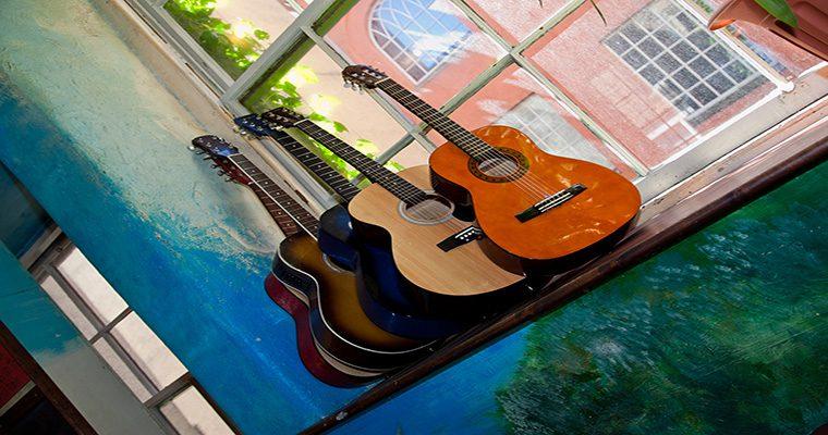 High Street Hostel Guitars