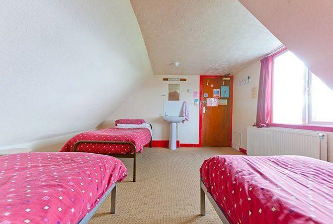 Skye Backpackers Room