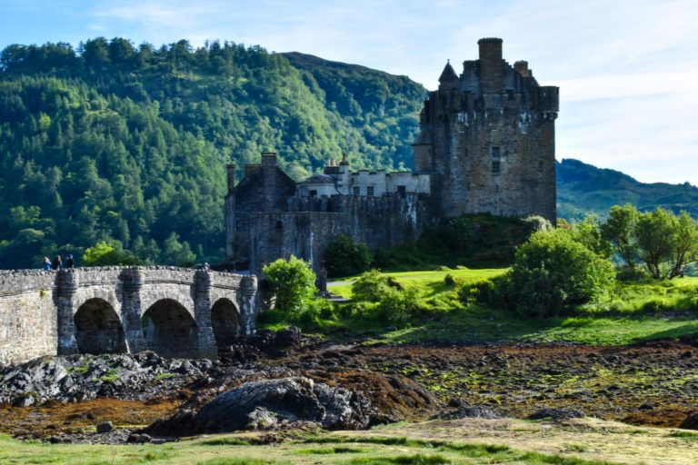 MacBackpackers Tour Eilean Donan Castle