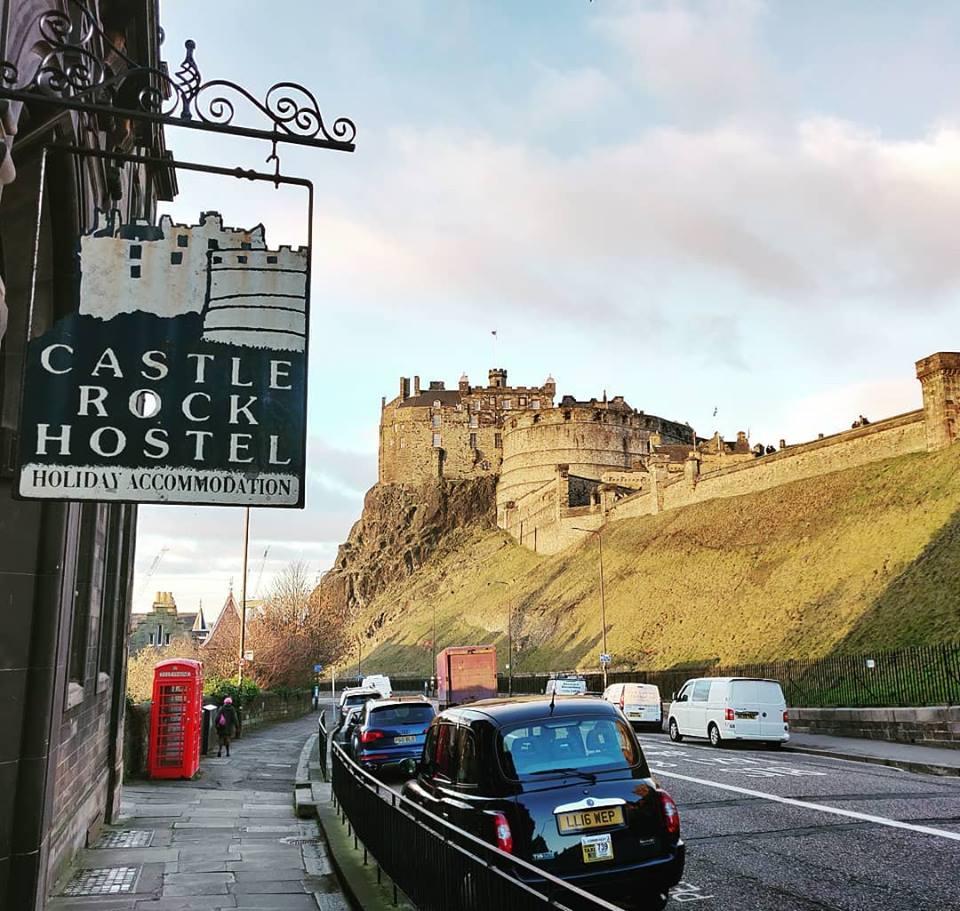Castle Rock - Johnston Terrace - Best Photo Spots in Edinburgh