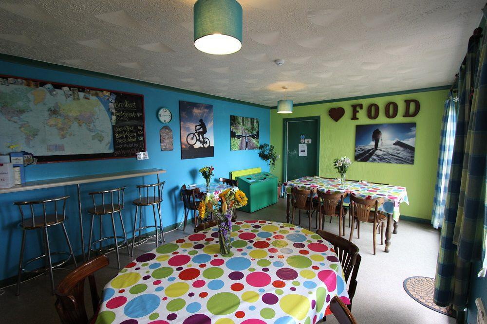 Fort William Backpackers Kitchen
