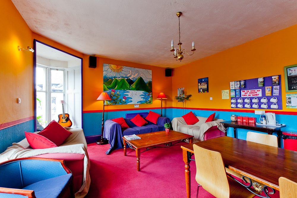 Pitlochry Backpackers Hotel Lounge sofas