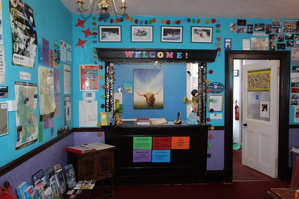 Pitlochry Backpackers Hotel Lounge reception